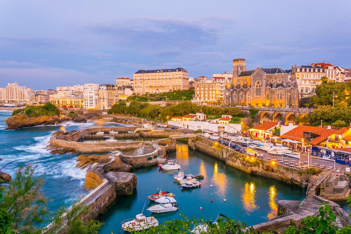Port de Biarritz à la tombée du jour